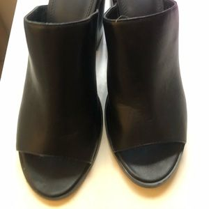 Urban Outfitters Black Open-toed mules